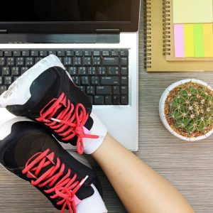 Working at a Desk? Try These Quick Exercises to Stay in Shape at the Office. on blog.fit2gomeal.com
