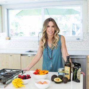 Meet Kara Burnstine on fit2gomeal.com